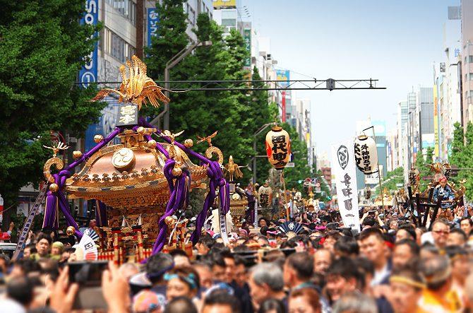 фестивалей Японии