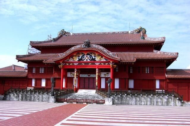 Окинава замок