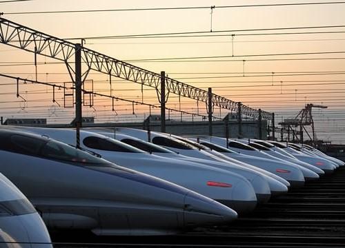 Быстрые Японские поезда